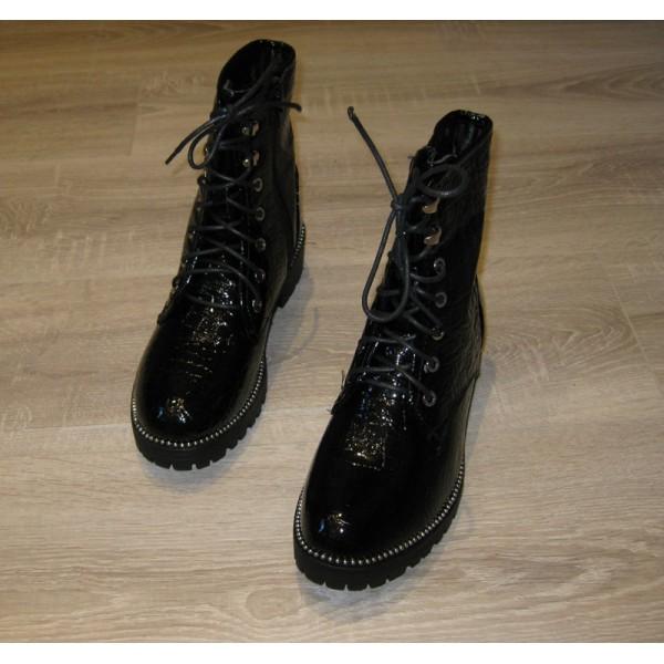 Rock - Bottines noires à lacets