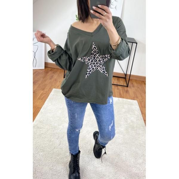T-shirt Vert militaire avec étoile en léopard